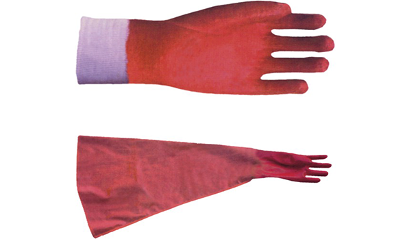 Oil-resistant protective gloves